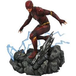 Flash DC Gallery Statue