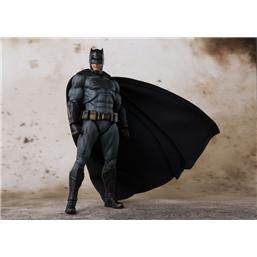 Justice League: Batman (Justice League) S.H. Figuarts Action Figur
