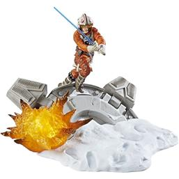 Luke Skywalker Black Series Centerpiece Diorama