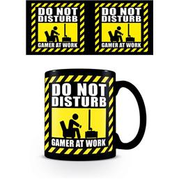 Diverse: Gamer at Work Mug Do Not Disturb Black