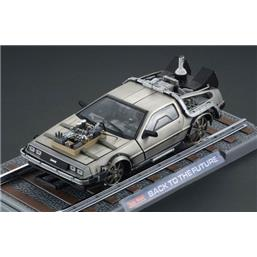 Back To The Future: Part 3 - DeLorean Railroad 1:18 replica