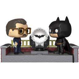 Batman with Light Up Bat Signal POP! Movie Moment Vinyl Figur