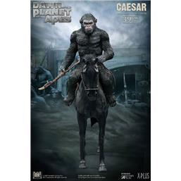 Planet of the Apes: Caesar with Spear Soft Vinyl Statue 39 cm