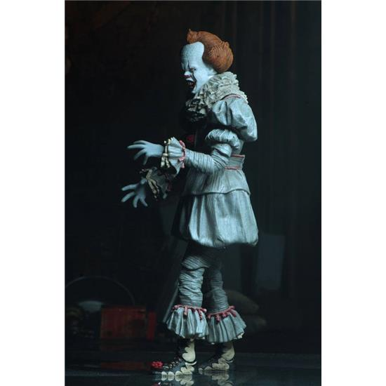 IT: Ultimate Pennywise - Dancing Clown Action Figure 18 cm