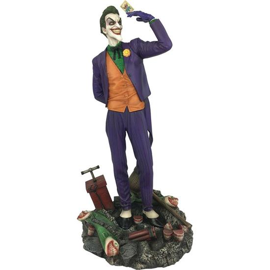 Batman: The Joker PVC Diorama 23 cm